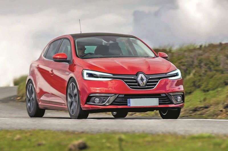 The Upcoming 2020 Renault Clio Hatch Will Offer Numerous Trim Levels But The Price Between The Trims Isn T That Significant Renault Clio Clio Rs Clio