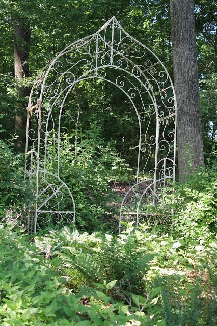 Vintage Arbors Elizabeth Co Vintage Iron Arbor With Images