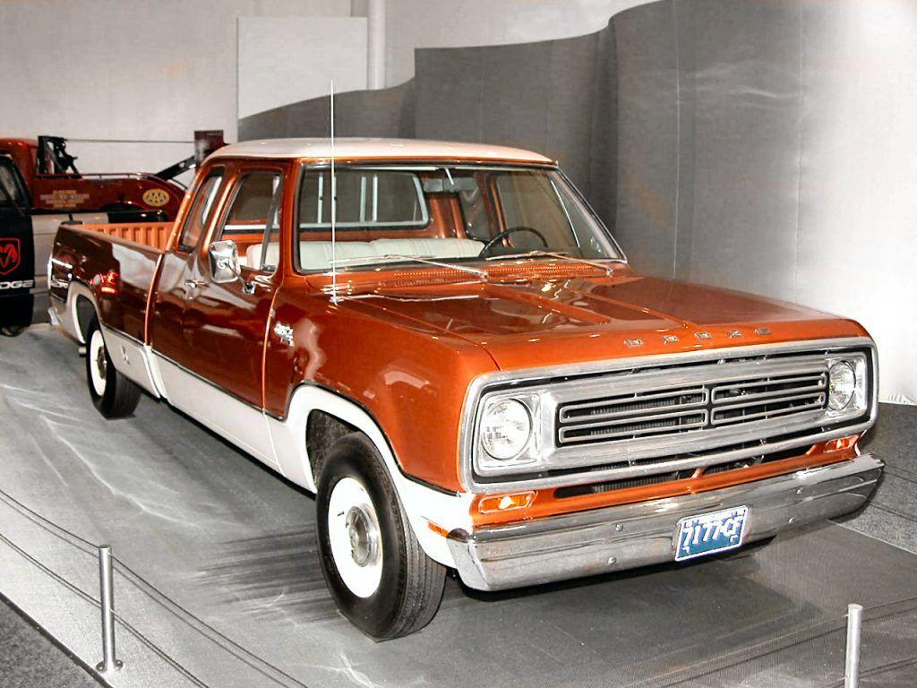 1973 Dodge D100 Club Cab Old Dodge Trucks Dodge Trucks Pickup Car