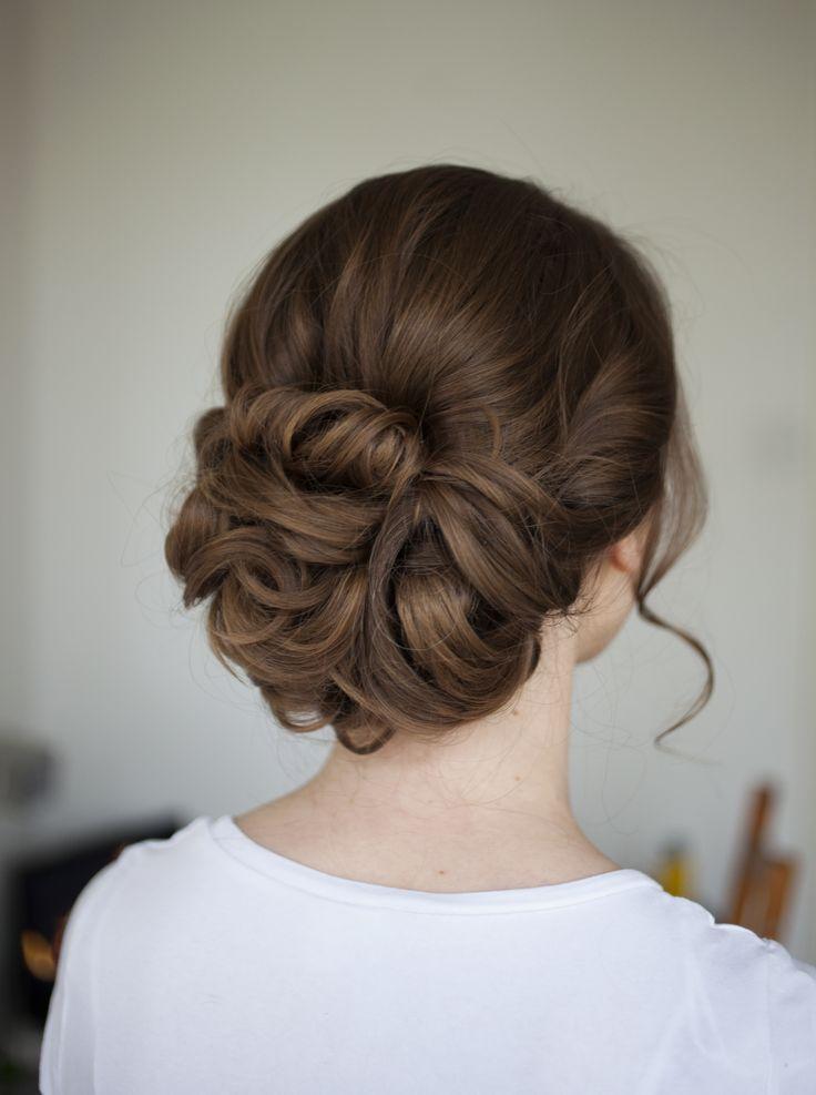 Schöne Bräute | Haar- und Make-up-Service von Justina Sullivan  #braute #justina #schone #service #sullivan #bridalhairflowers