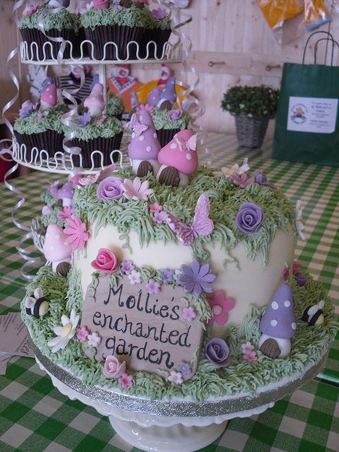 Enchanted Garden Cake and Cupcakes | Garden party cakes ...