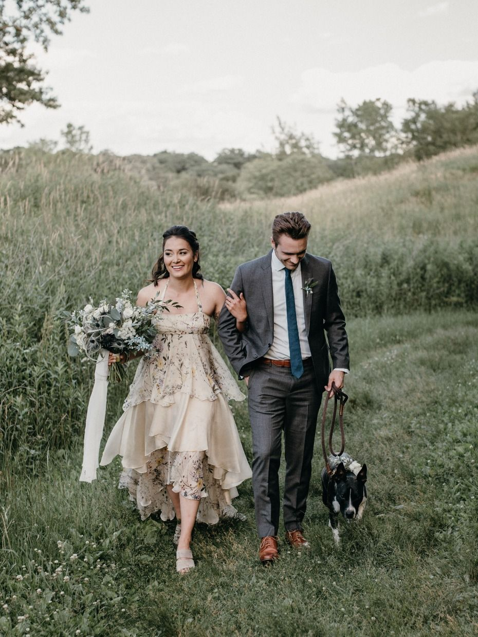 323be16960b Outdoor Summer Lovin  Wedding ideas with a Hanging Canoe