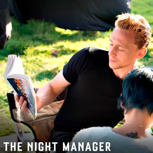 Tom Hiddleston reading The Night Manager. Source: https://www.instagram.com/p/BE87x64lELG/