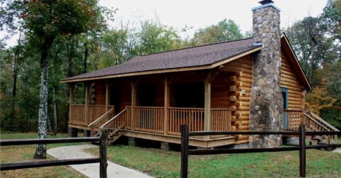 These 10 Cozy Cabins Are Everything You Need For The Ultimate Fall Getaway In Alabama With Images State Park Cabins Fort Payne Alabama Fort Payne