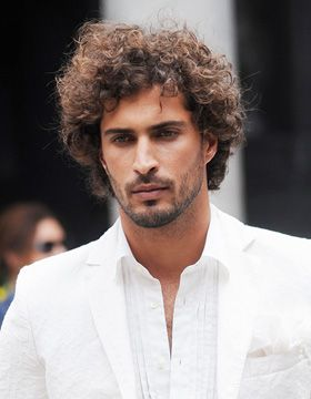 Coiffure Fashion Chez Roccobarocco Coiffure Tristan Pinterest - Styling curly dry hair