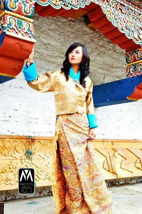 COSTUME PLANET: Kira:Bhutanese Traditional Clothing ...