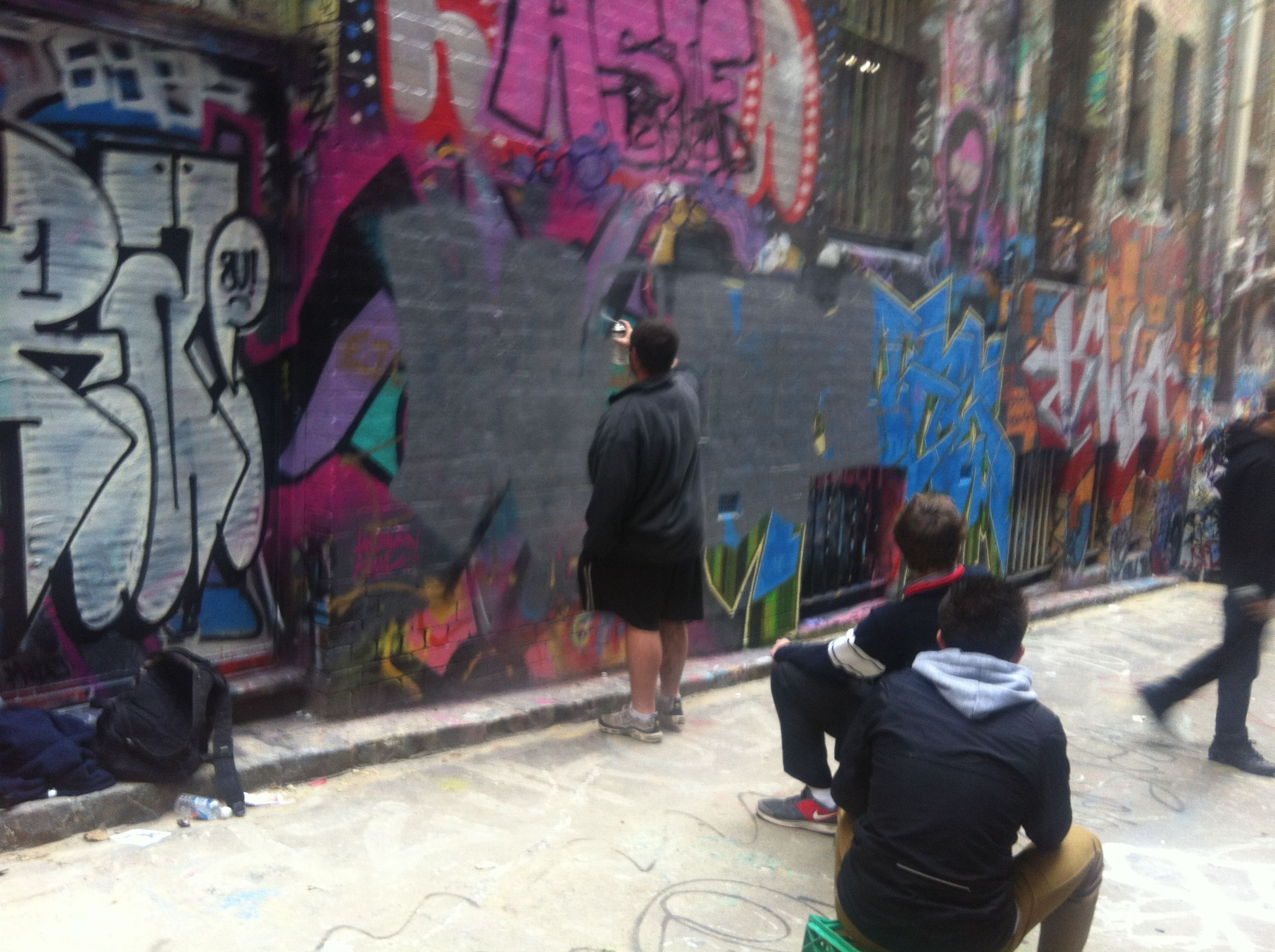 young artists at work Melbourne street, Artist at work