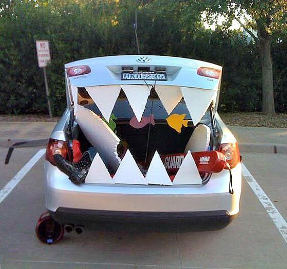 Trunk-or-Treat-Ideasjpg 561×525 pixels Shark trunk or treat - how to decorate your car for halloween