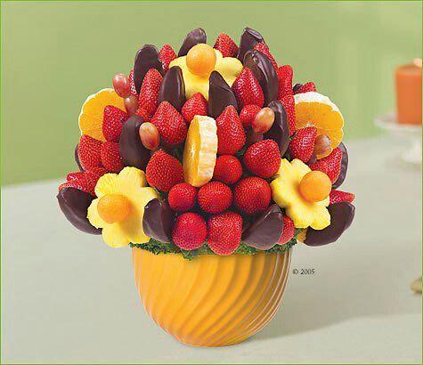 Fruit Arrangement | Edible fruit arrangements Edible ...