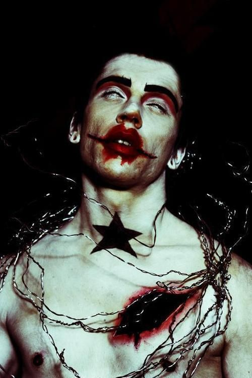 michael hussar art creepy beautiful paintings scary lovely ...