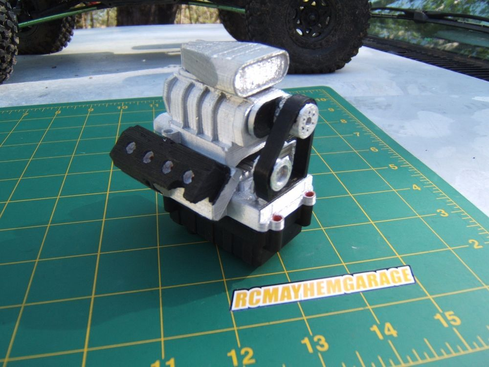 RCMG axial wraith,1/10 scale garage, V8 replacement stock