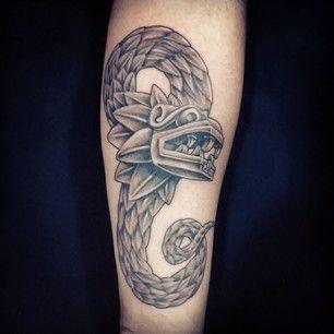 Una Elegante Serpiente Emplumada Es Mejor Que Una Simple Serpiente