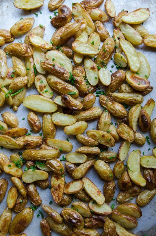 Recipe: Crispy Salt & Vinegar Potatoes — Vegan Munchies by Gina Eykemans