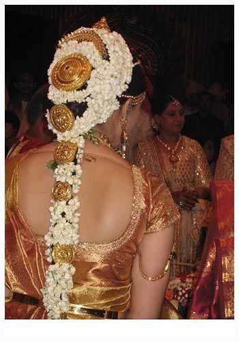 Cool Best Modernization Of South Indian Wedding Hairstyles Check More At Http Jharlowweddingplanning Com Best Modernization Of So Jasmine Hindu Aishwarya Rai
