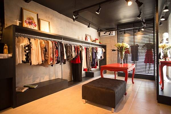2df2b889d O projeto da loja Santa Maria de roupas e acessórios femininos ...
