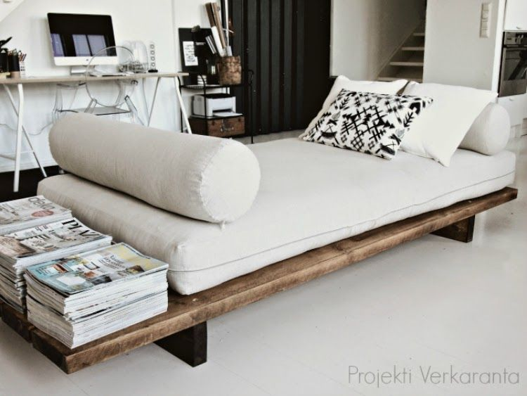 SE ON VALMIS // DIY DAYBED