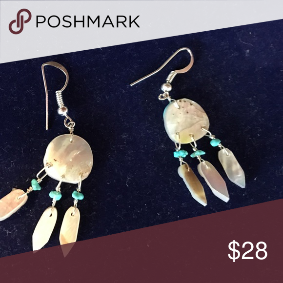 ☀️LAST CHANCE!!!Native earrings ☀️ These are adorable, mother of pearl and turquoise earrings. Jewelry Earrings