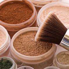 How to Apply Bare Minerals Makeup I have and love love this brush!  Amazing!!