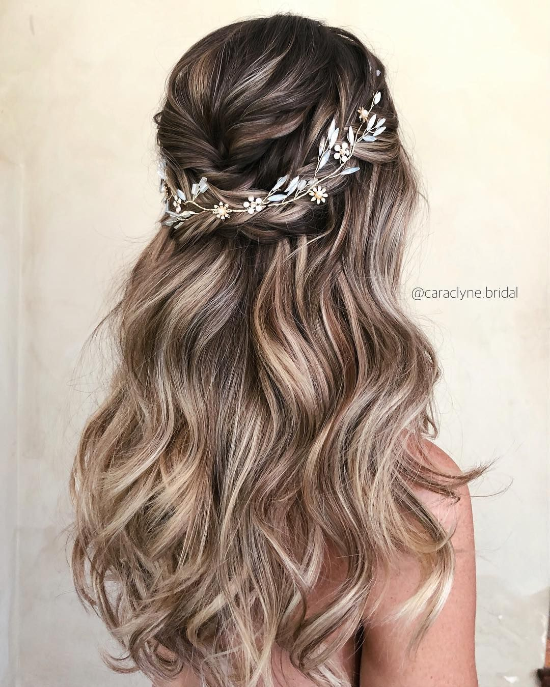 30 Stunning Wedding Hairstyles Ideas In 2019: #caraclyne.bridal My Beautiful Bride Today Kat ️💕 ️💕 We