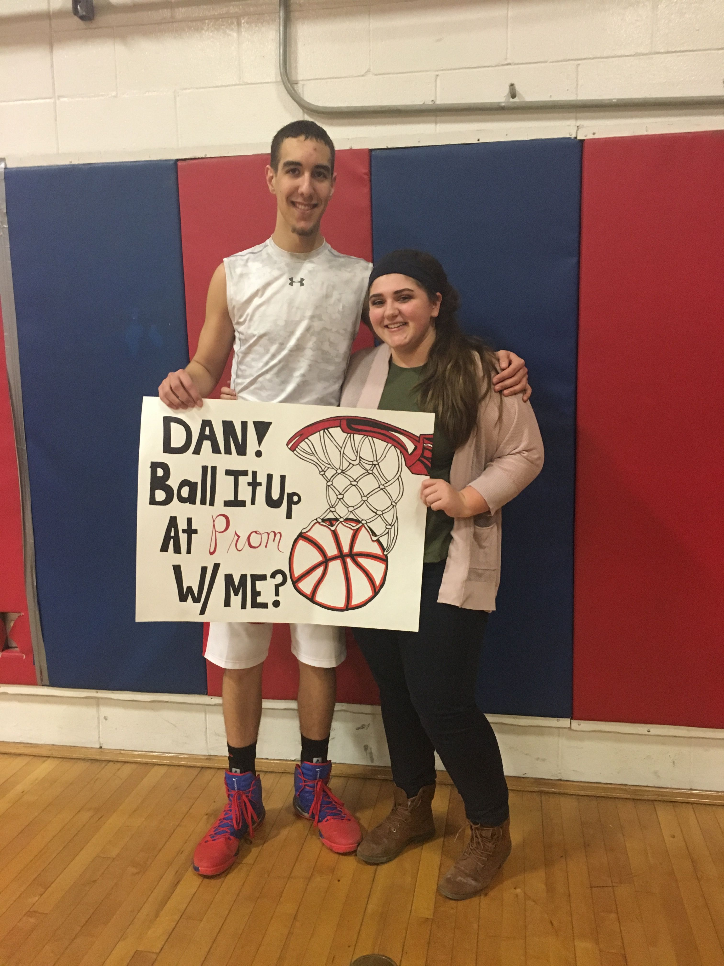 cute basketball promposal for guys prom pinterest promposal guy and prom. Black Bedroom Furniture Sets. Home Design Ideas