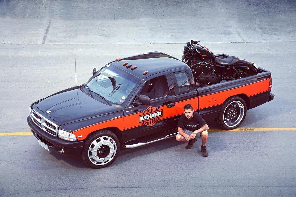 Dakota 99 Harley Davidson e rodas de caminhão Diego