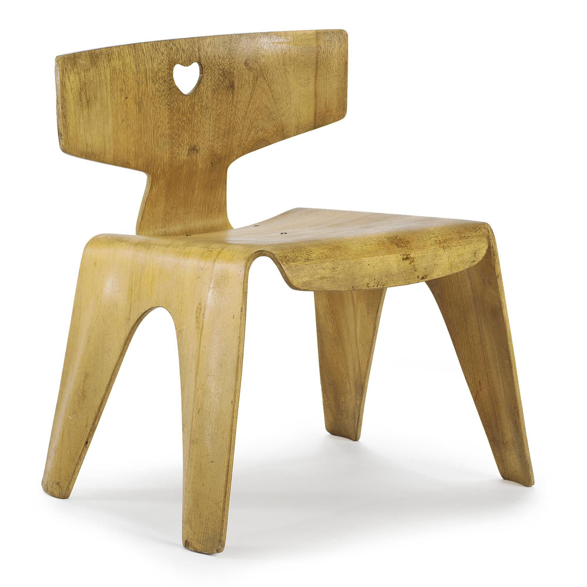 Charles and Ray Eames CHILD'S CHAIR birch plywood 14 3/4 in. (34.9 cm) high ca. 1945 manufactured by the Molded Plywood division of the Evans Products Company, Venice, CA