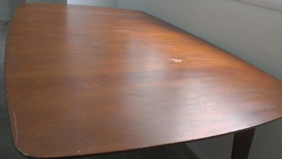 What Year Is This Heritage Henredon Dining Table And How Much Is It Worth? - What Year Is This Heritage Henredon Dining Table And How Much Is