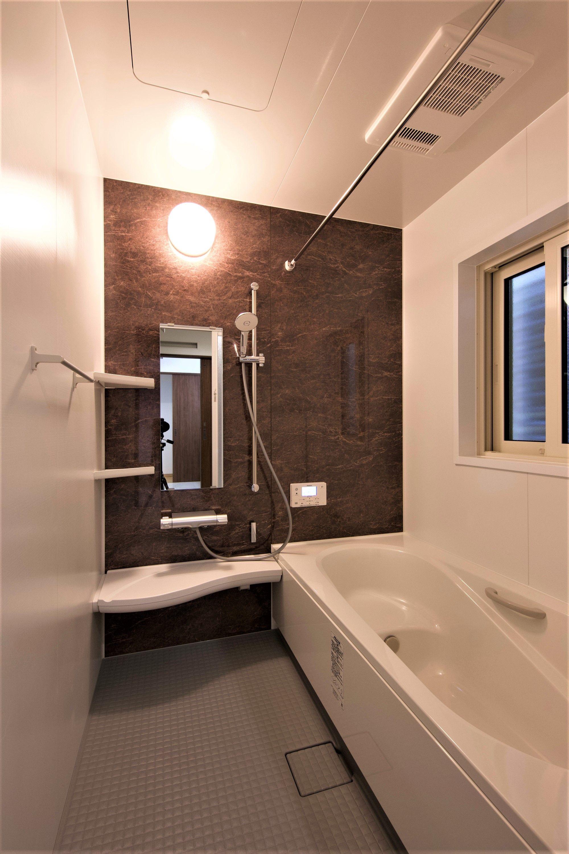 Ubはlixilアライズを施工しました 香取市で注文住宅を建てるなら 菅谷工務店 ユニットバス アライズ 浴室 デザイン