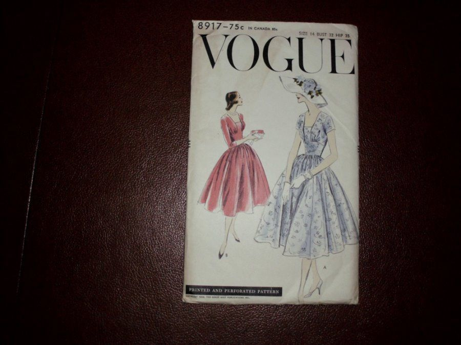 Vintage Ladies Vogue Pattern Dressy Dress #8917 Size 14