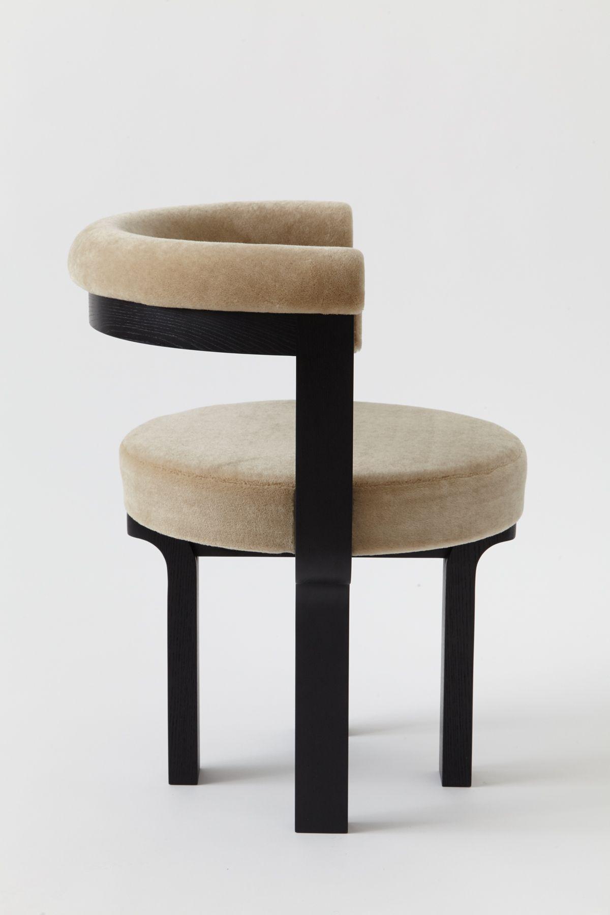 X506 Slipper Chair Milieu A Magazine Of Style Furniture Design Wooden Wooden Sofa Designs Wooden Sofa