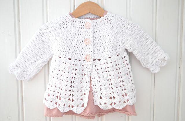 Virkad babykofta | | Babykofta, Baby knitting patterns, Virka