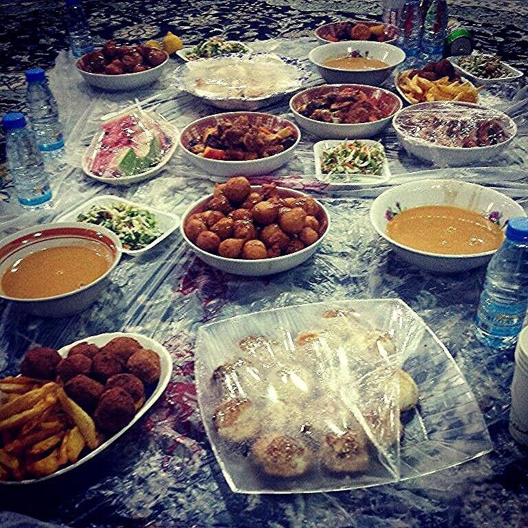إستعداد ل رمضان واول سفرة رمضانية مباركك عليكم شهر وبالهناء والعافية ي العائلة الكريمه رمضان رمضان كريم سفرة افطارنا اليوم Table Settings