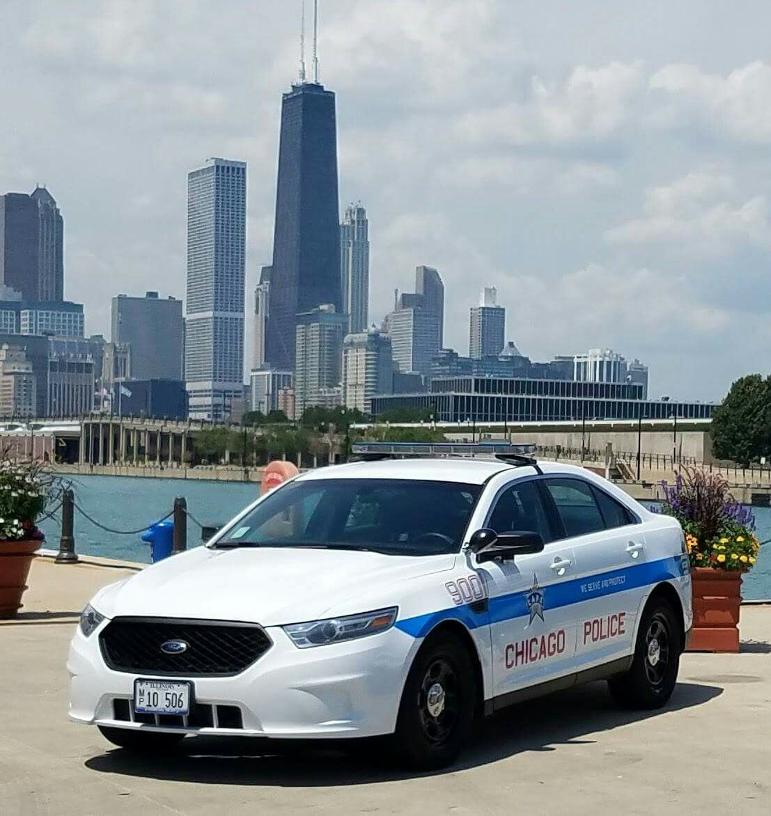 Ford Fusion Chicago Police With Images Police Cars Ford Police