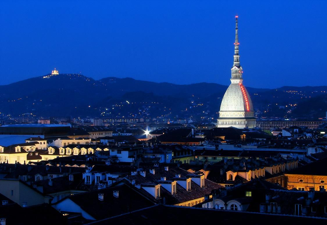 Skyline Turin City At Night Hd Wallpaper Images Photo Background