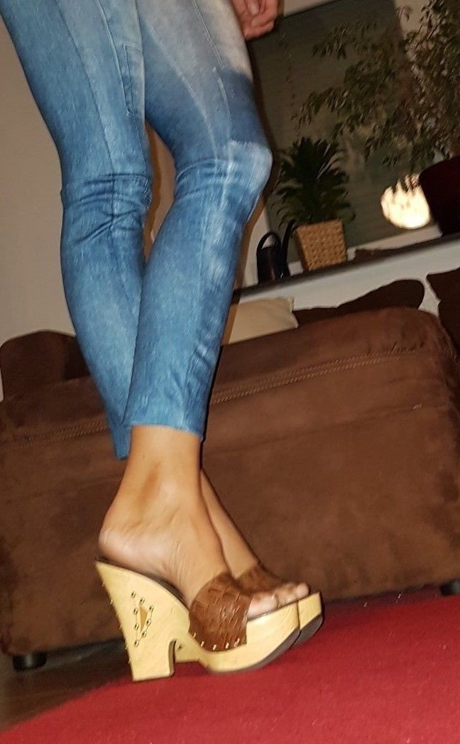 Pin By Heel And Wedges Wooden On Wooden Heels Pinterest