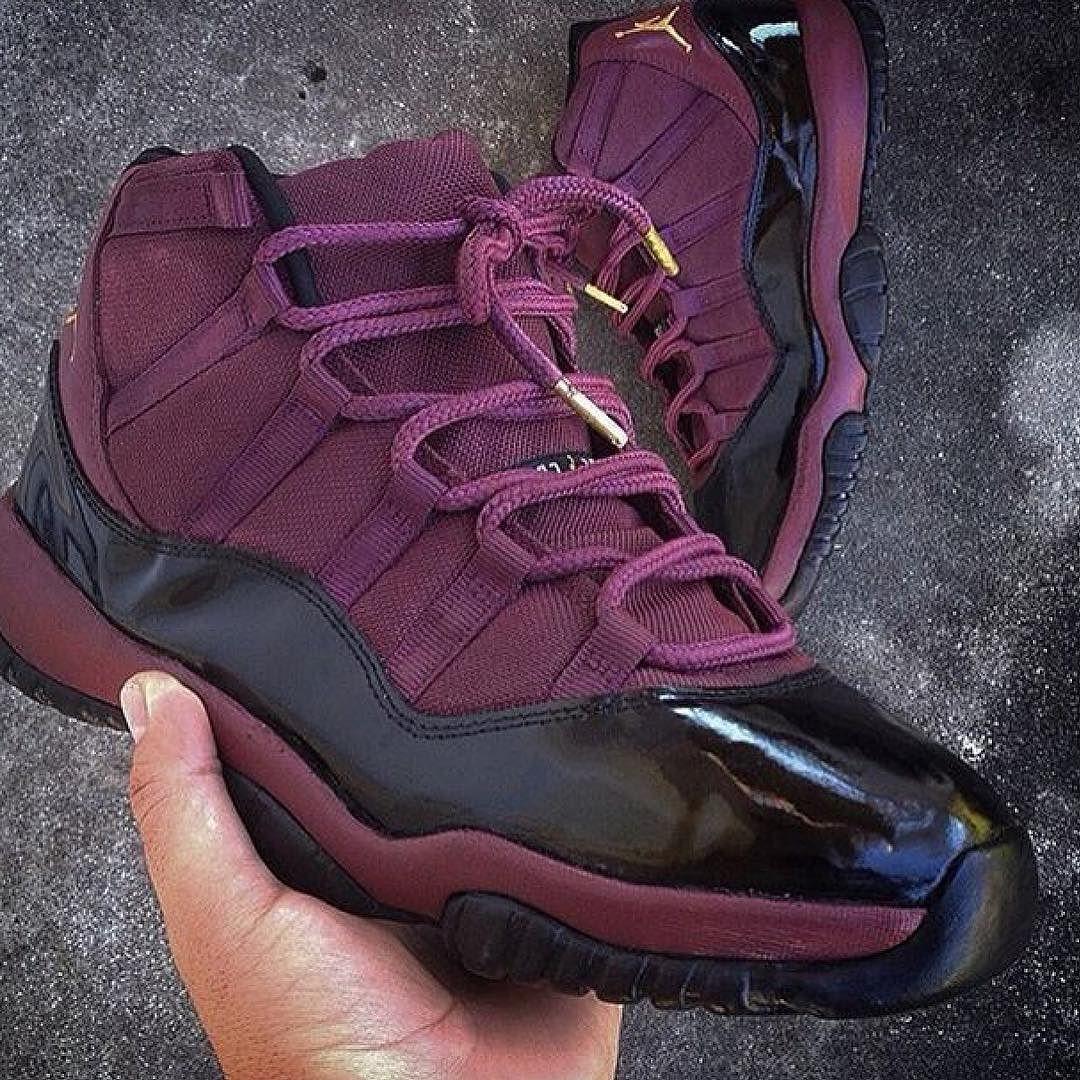 Sneakers, Jordans