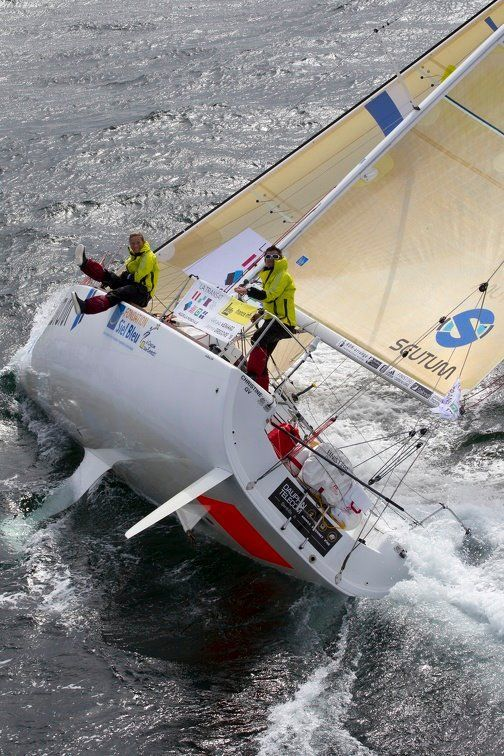 escorando sailing - Seatech Marine Products & Daily Watermakers I don't know, looks like it's nearly tipped over!!
