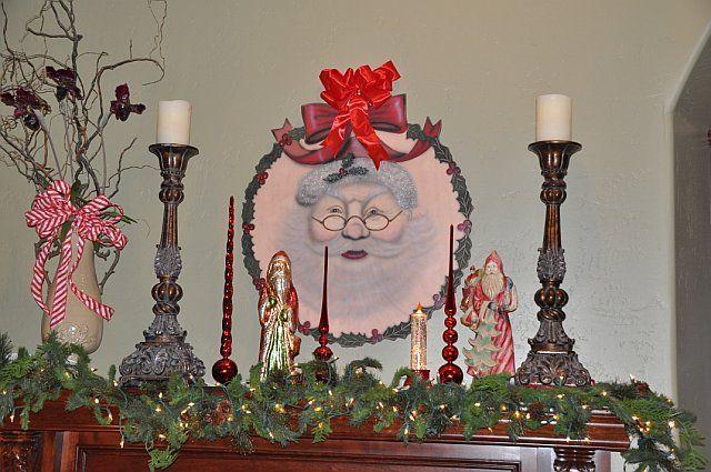 Christmas Mantel inspirtation.  I love the big Santa.