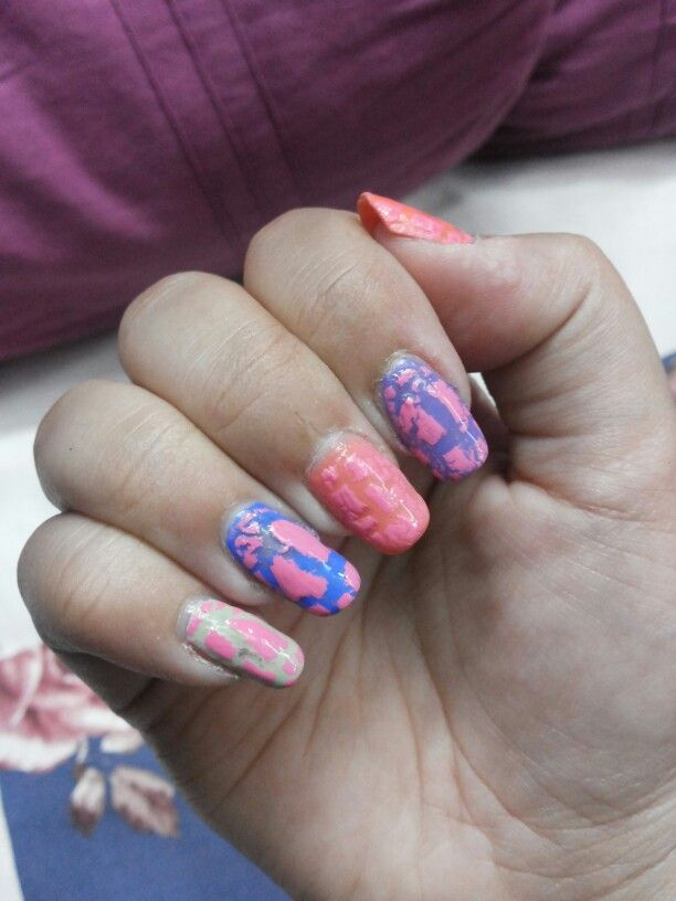Crackle Nail Art On Multi Colored Background Kannucreative