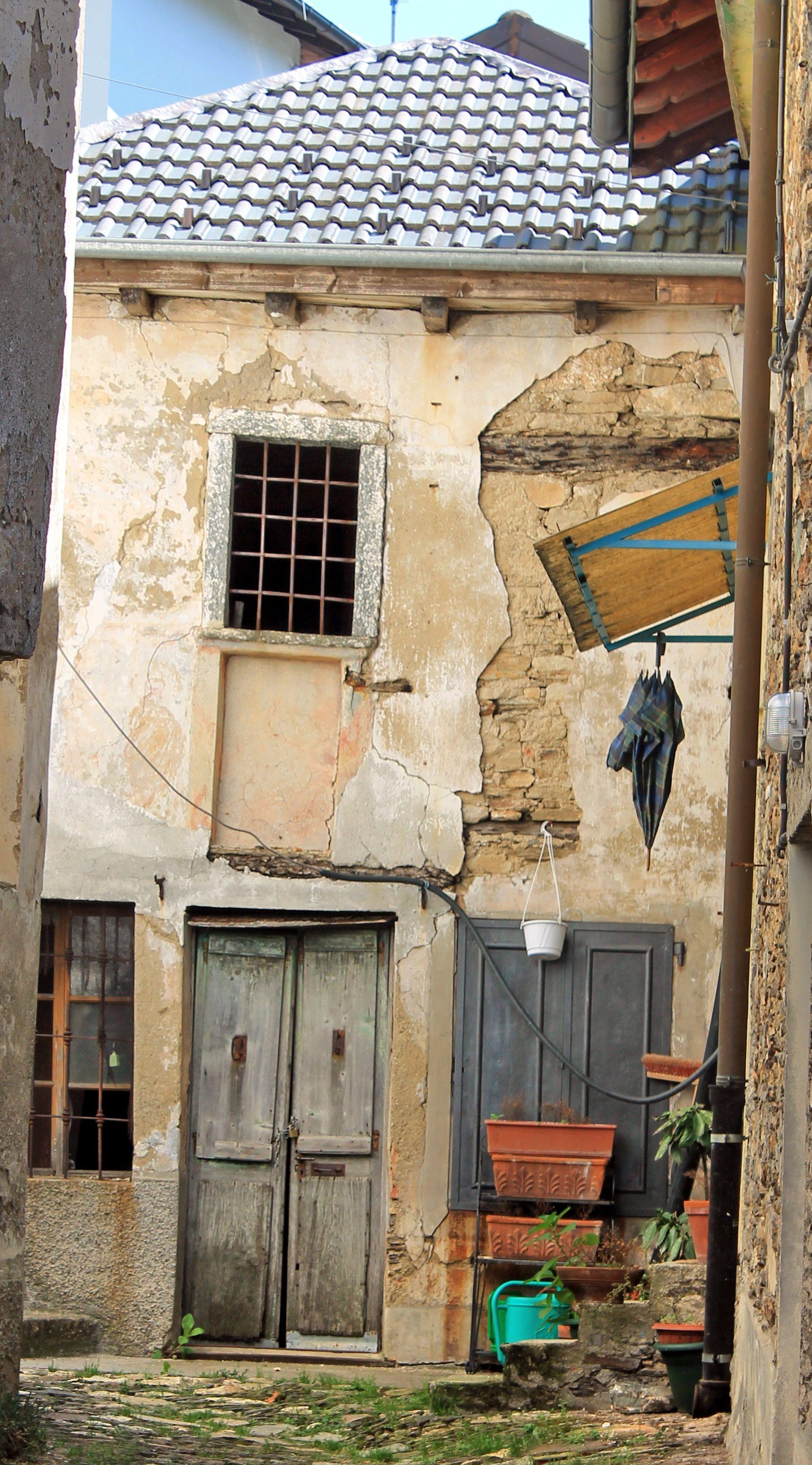 INTRAGNA (Piemonte) - by Guido Tosatto