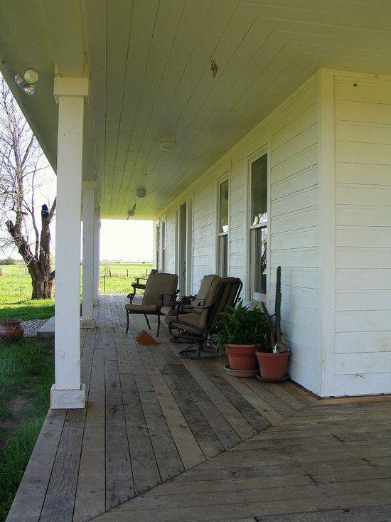 Folk Victorian Farmhouse Porch