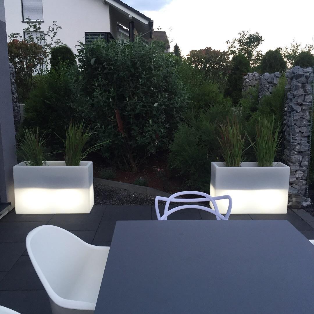 Pflanzkubel Raumteiler Kunststoff Beleuchtet Elemento Weiss Pflanzkubel Pflanzen Kubel