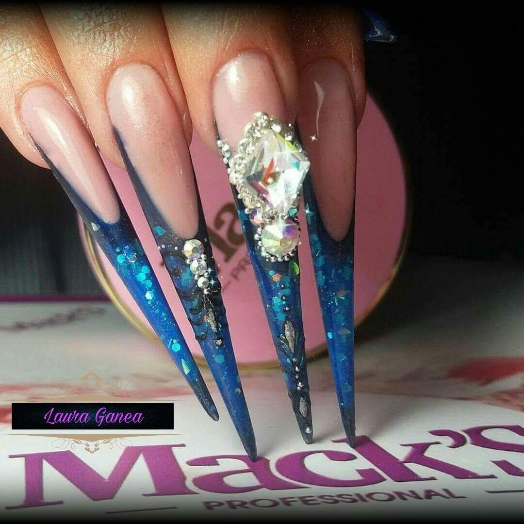 extreme #extreme nails #amazing nails #lauraganea #stiletto #3d ...