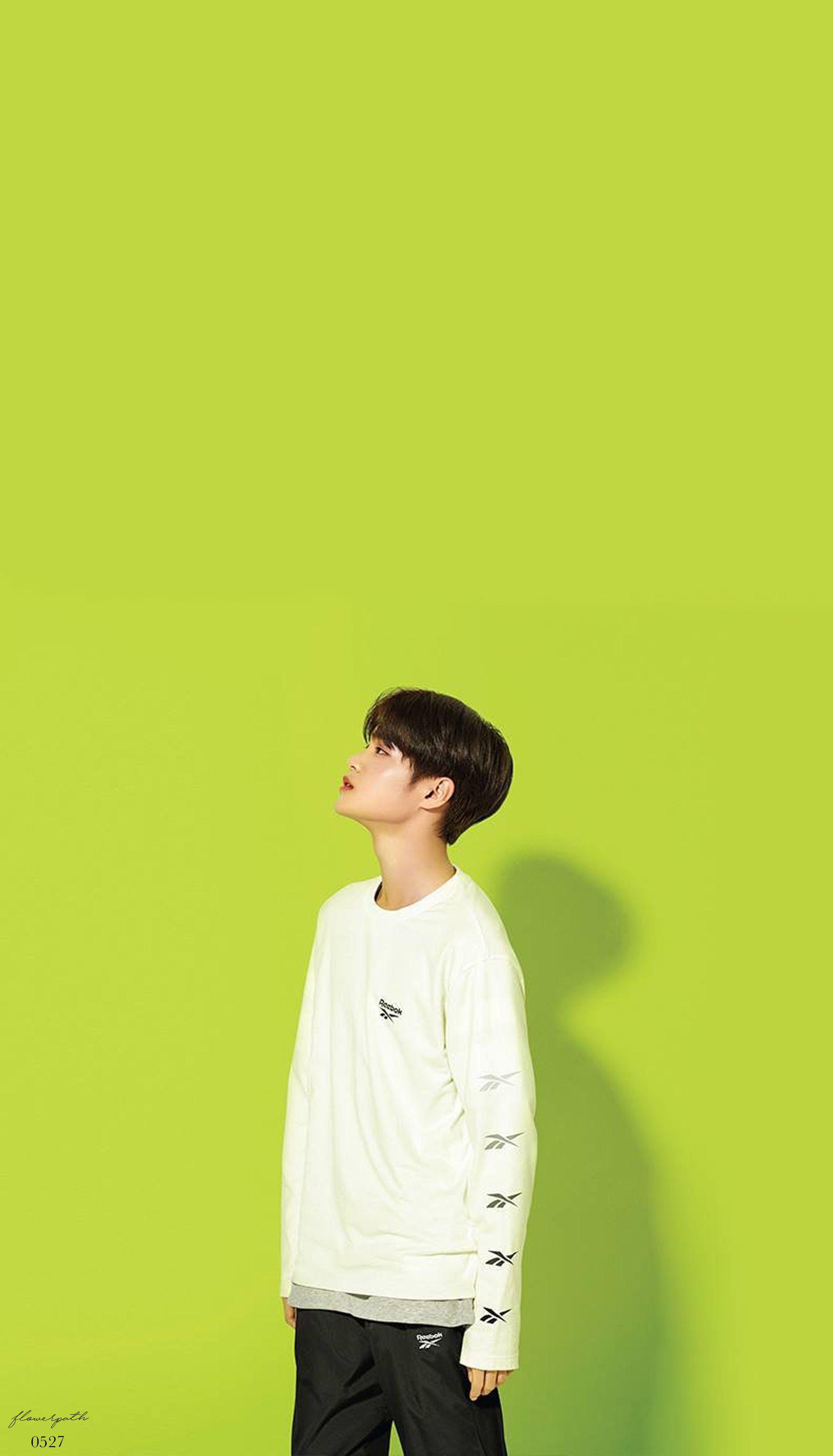 Wanna One Lee Daehwi X Reebok Wallpaper Korean Idol Kim Jaehwan Lee Daehwi