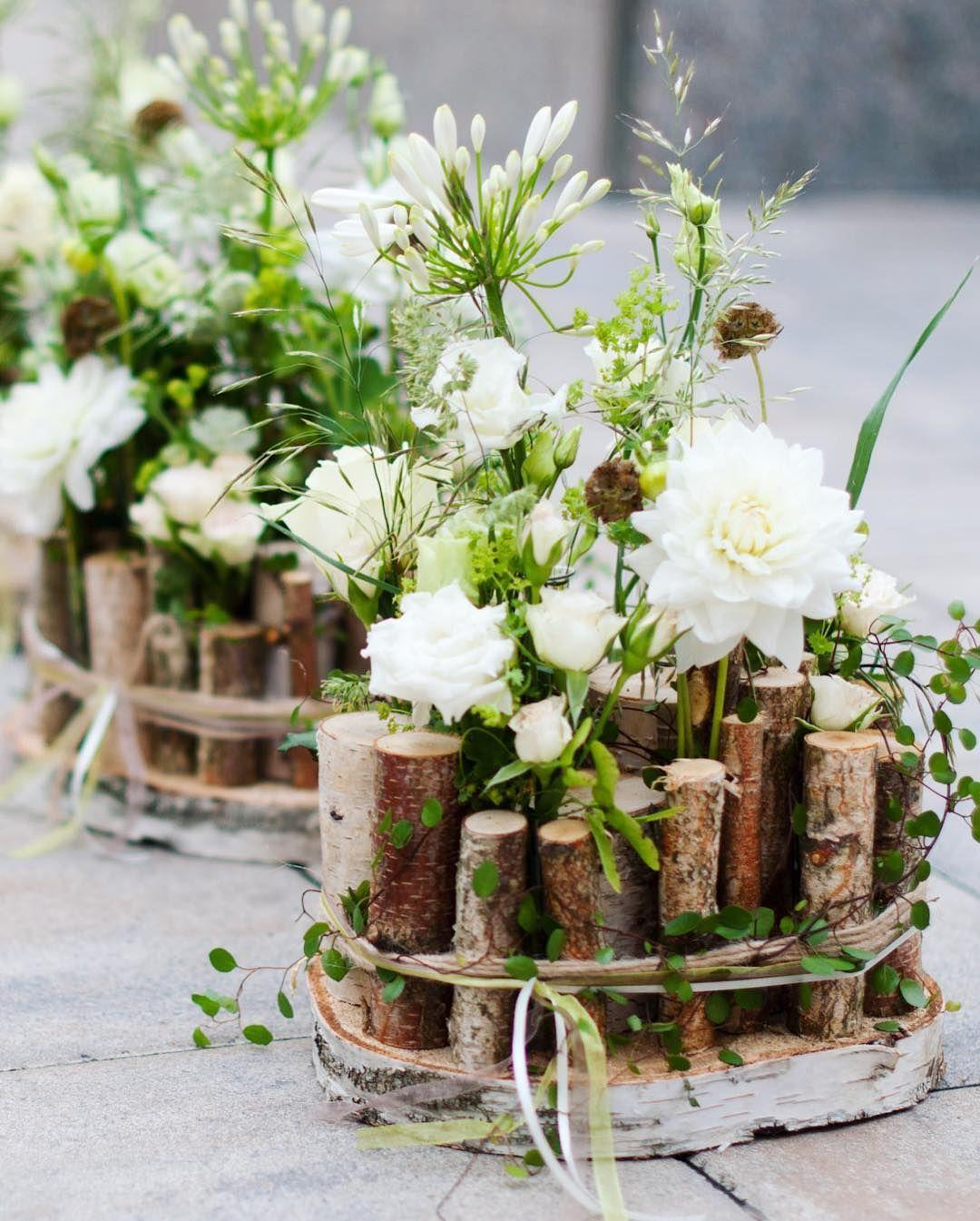 Tischdekoration Rustikal Mit Birke By Blumenheller Hochzeitsfloristik Hochzeitsblumen Tischdekoration Hochzeit Blumen Tischdekoration Hochzeitsfloristik