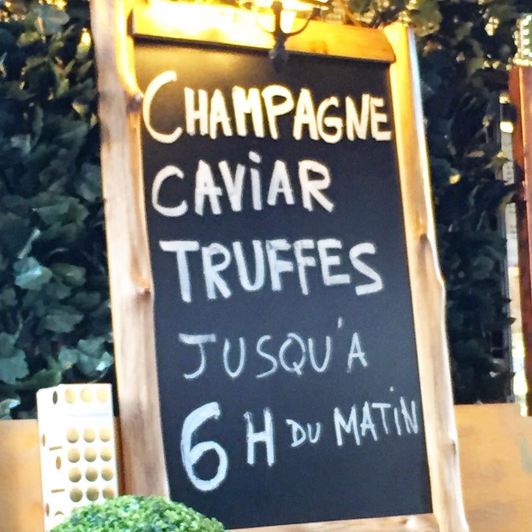 In case of emergency ;-) Mince il est 7h... #champagne #caviar #truffes #truffle #luxury #paris