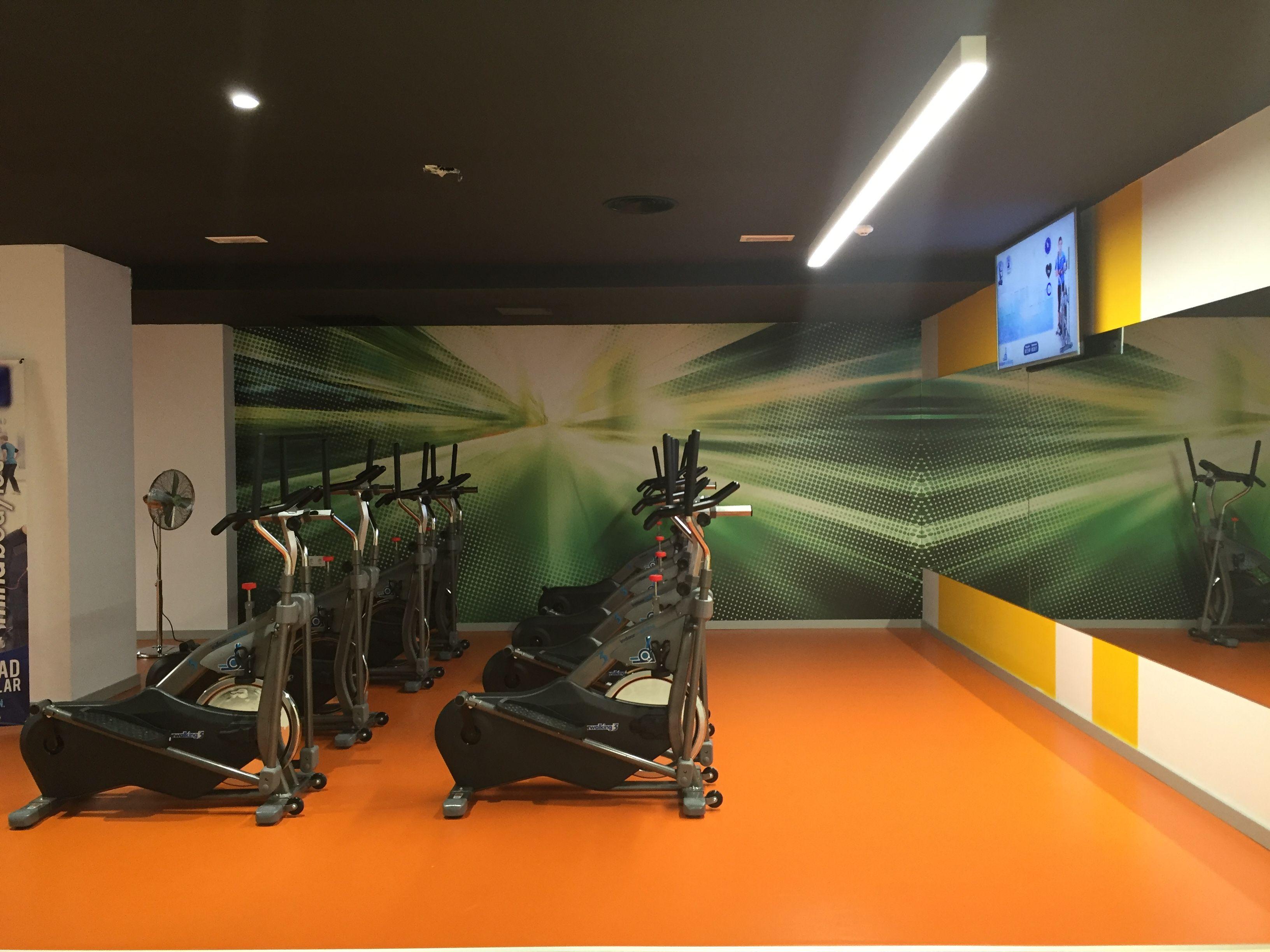 Sala de Indoor Walking Virtual #ifitness #gimnasiobenidorm #indoorwalking