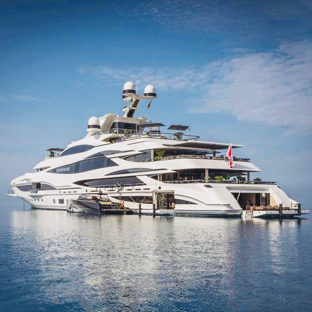 pingl par jose sur bateau bateaux de luxe navire et. Black Bedroom Furniture Sets. Home Design Ideas