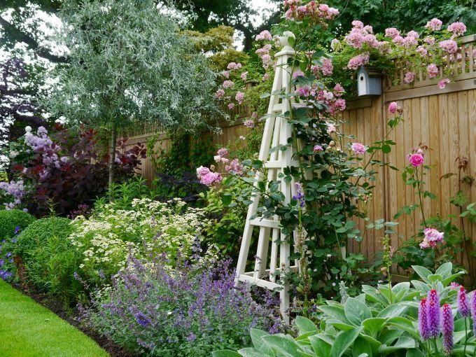 Portfolio Of Janine Crimmins Garden Design Based In Cheshire Winner Of 4 Rhs Gold Medals And B Small Cottage Garden Ideas Cottage Garden Design Cottage Garden
