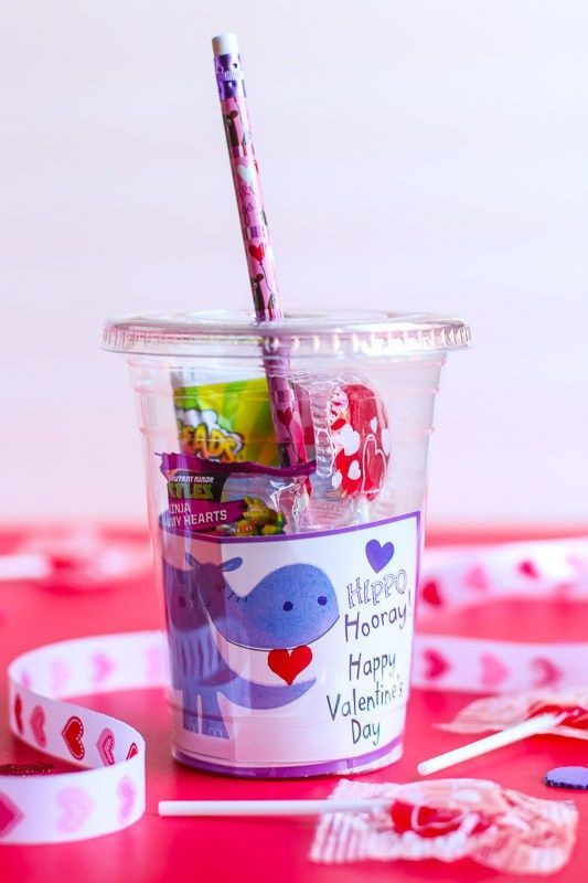 DIY Valentine's Day Gifts for Students From Teachers #sweetestdaygiftsforboyfriend These cups are the cutest and sweetest DIY Valentine's Day Gift for Classmates. They can be easily be made in minutes and are very inexpensive to make! They make a great gift for teachers to give to their students also. #sweetestdaygiftsforboyfriend